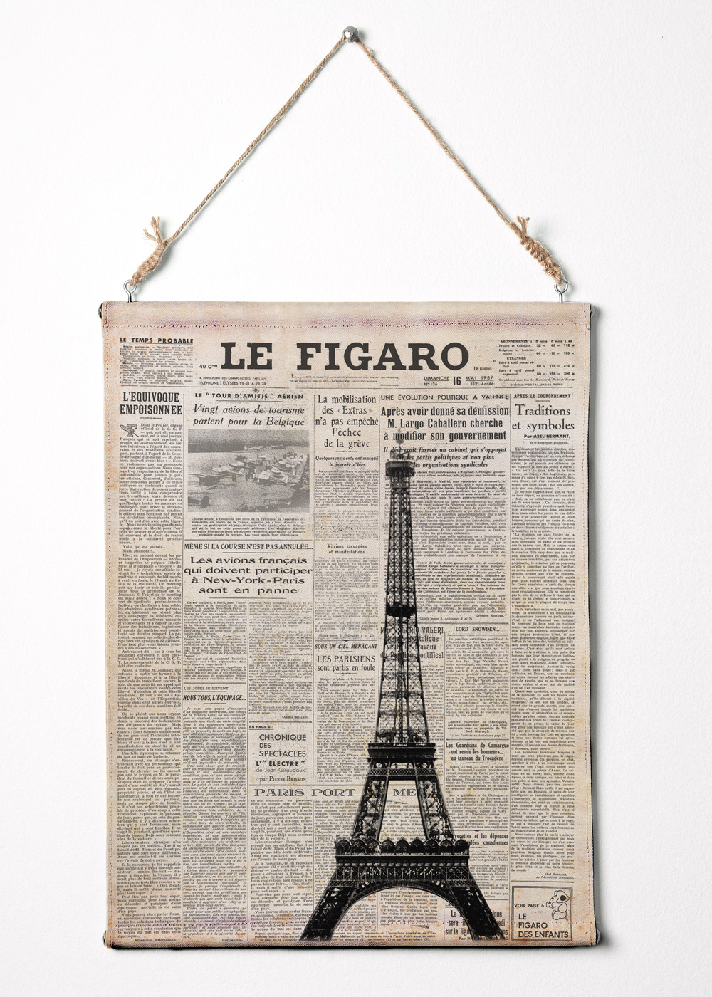 Print on canvas eiffel tower on newspaper france art for Newspaper canvas art