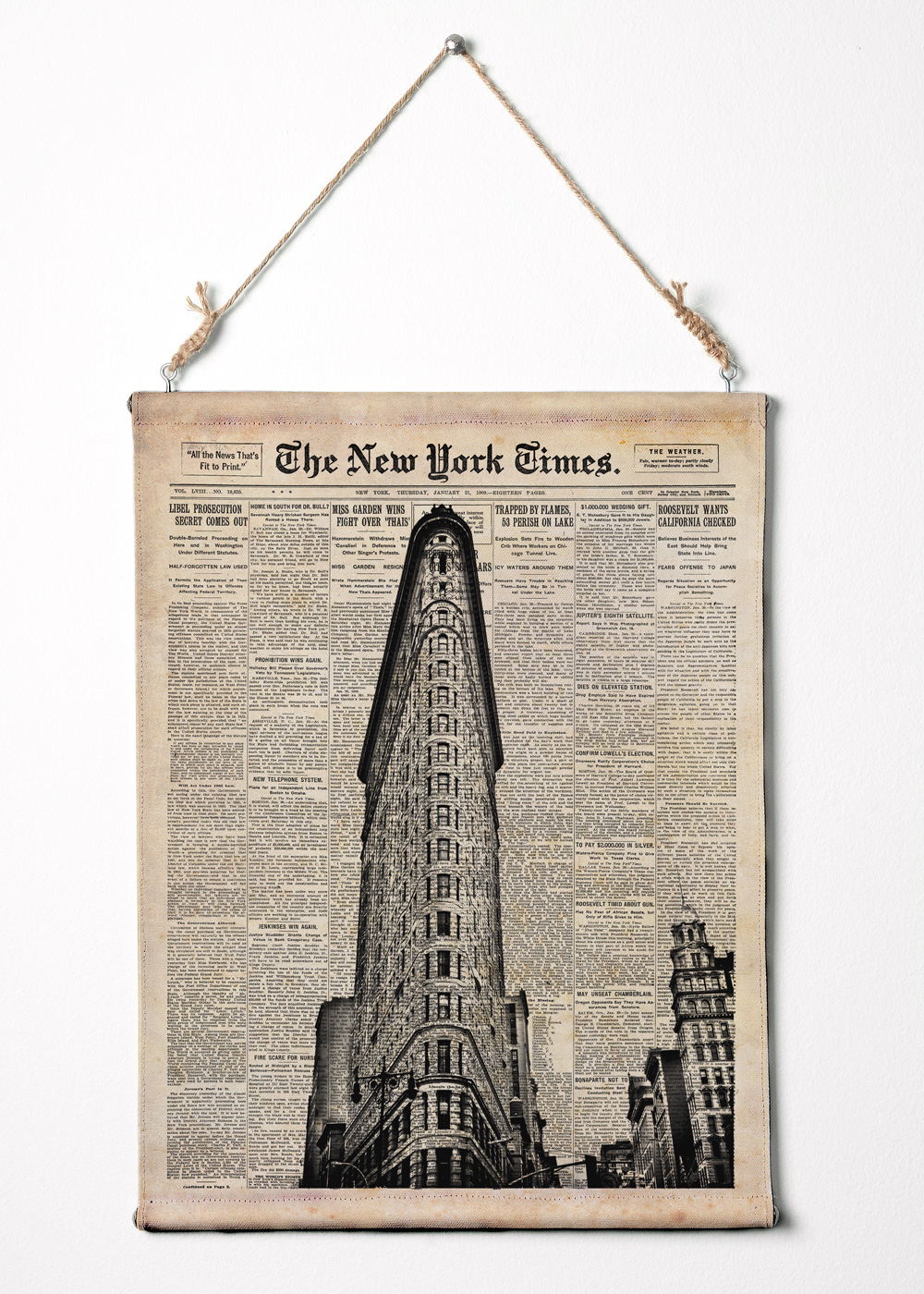 Flat iron building on new york times paper nyc wall art for Newspaper canvas art